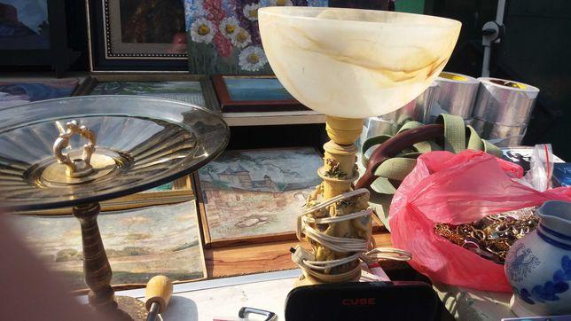Lampa elektryczna z kloszem