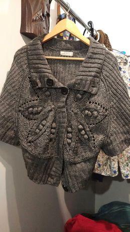 Sweterek a'la ponczo, szary, oversize, rozm. uniwersalny, Zi And Jiu