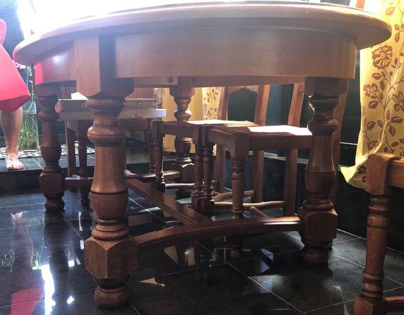 Mesa + cadeiras em madeira (Carvalho)