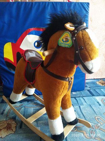 Лошадь качалка большая. Игрушка подарок