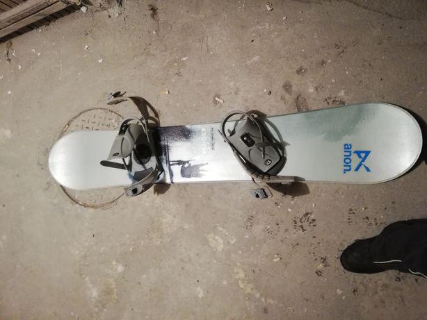 Deska snowboard Salomon