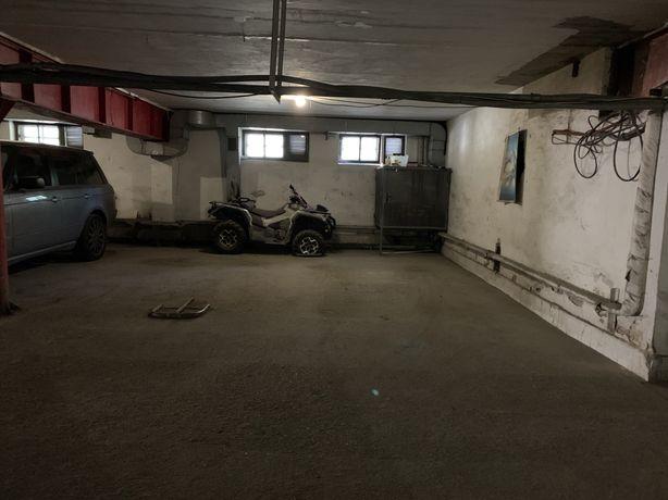 Место в подземном паркинге Канатная/Греческая
