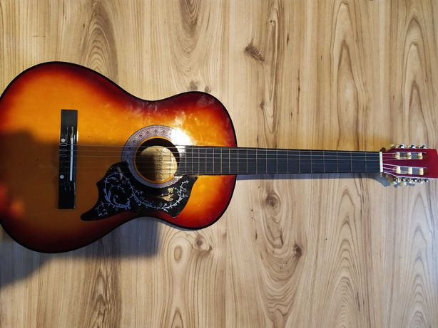 Sprzedam gitarę klasyczną Jasmin model c-10