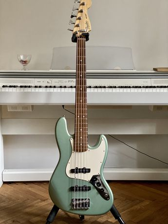 Fender Jazz Bass V MiM 2004