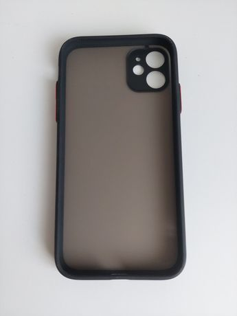 Чехол iPhone 11 бампер