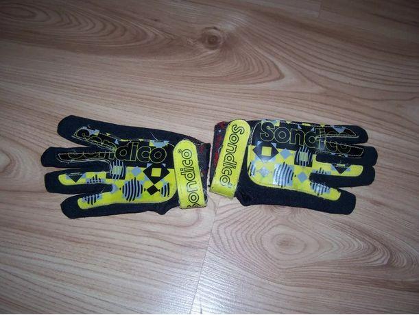 rękawice bramkarskie dla dziecka