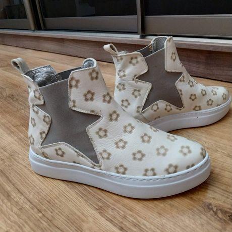 Ботинки челси , ботильйони, взуття