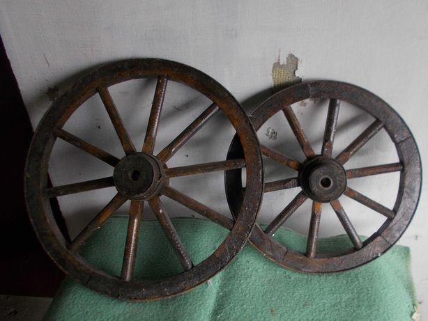 Koła do drewnianego wózka