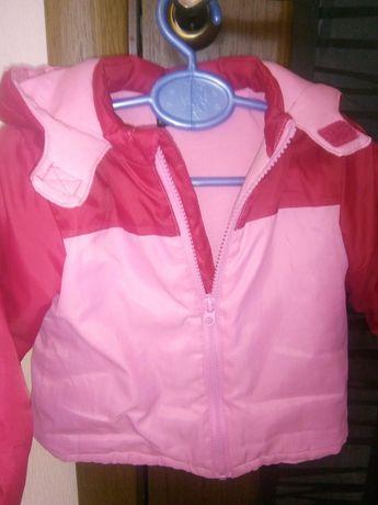 Продам детскую куртку 80см для девочек
