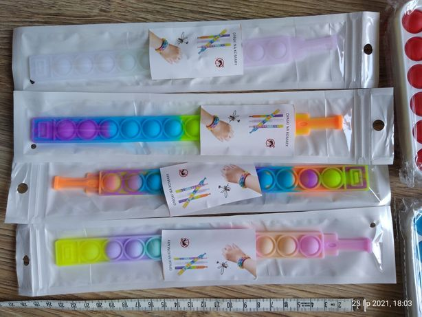 Sprzedam nowe opaski na rękę pop-it, do klikania sensoryczn push buubl