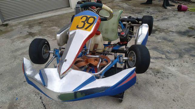 Kart 125 rotax FA - criança;  Atrelado e equipamento