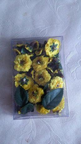 Kwiatki dekoracyjne.