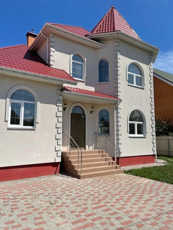 Продам будинок новий  в Броварах.