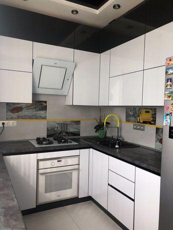 3 комн. квартира с современным ремонтом в центре