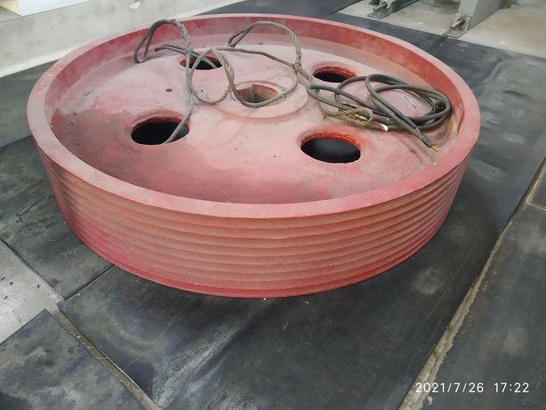 Шкив дробилки СМ-16
