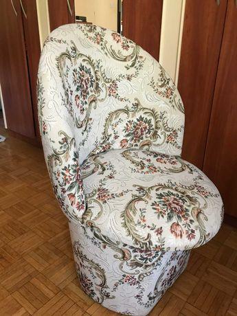 Fotel  ze schowkiem