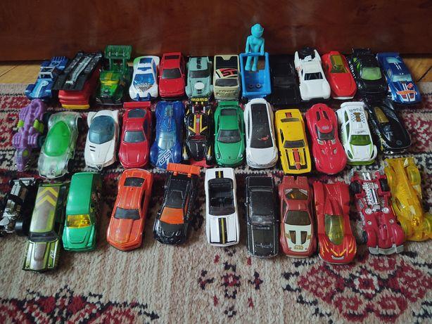 Hot wheels 78 aut + transporter + laweta gratis