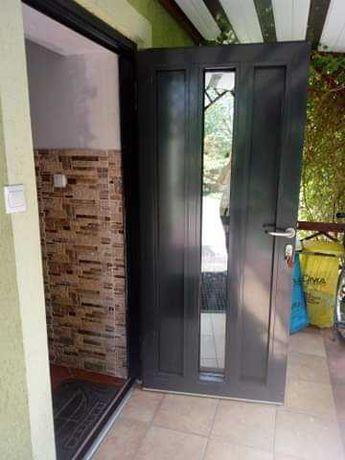 Drzwi lewostronne
