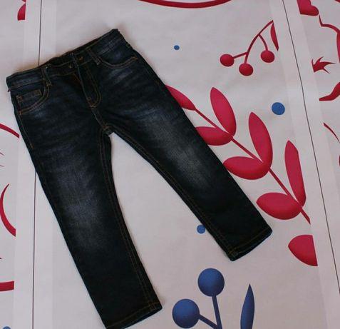 Детские джинсы . Zara
