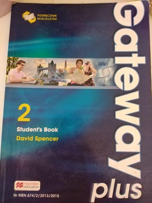 Gateway students book Tuchomie - image 1