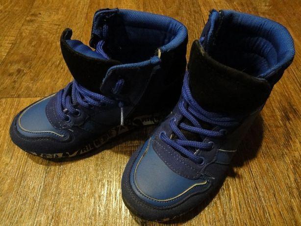 Весенние - осенние высокие кроссовки (ботинки) на мальчика