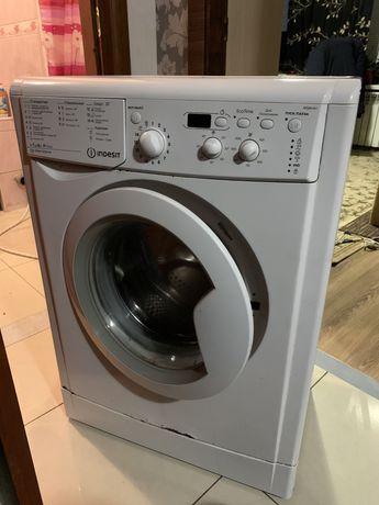 Стиральная машинка indesit IWSD61051