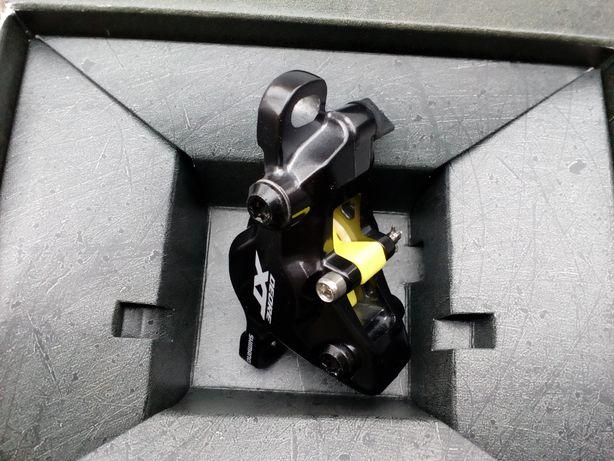 Shimano Deore XT Br-M8100 nowy zacisk hamulca hydraulicznego.