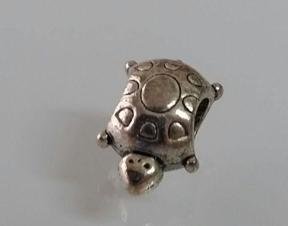 Tartaruga Pandora em aço