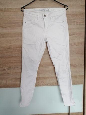 Spodnie białe damskie