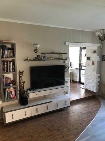 Продается 4-х комнатная квартира с мансардой на ул. Ясной. 1O35