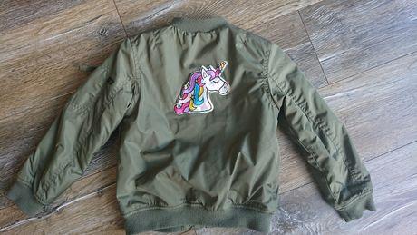 Kurtka rozm. 122 bomberka H&M khaki dla dziewczynki z jednorożcem