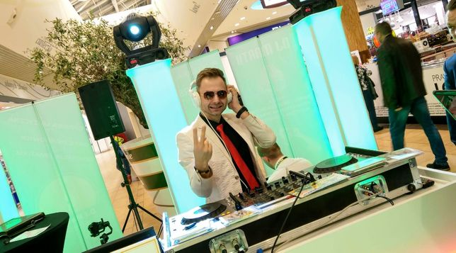 DJ wodzirej na wesele , DJ na 18-stkę , DJ na sylwestra, Poznań