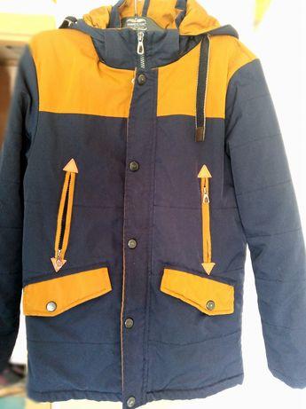 Курточка деми на 12-13 років