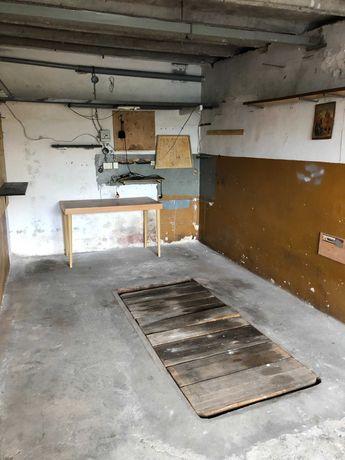 Wynajmę garaż  przy ulicy Wodzińskiej za Moto-Trak BestDrive