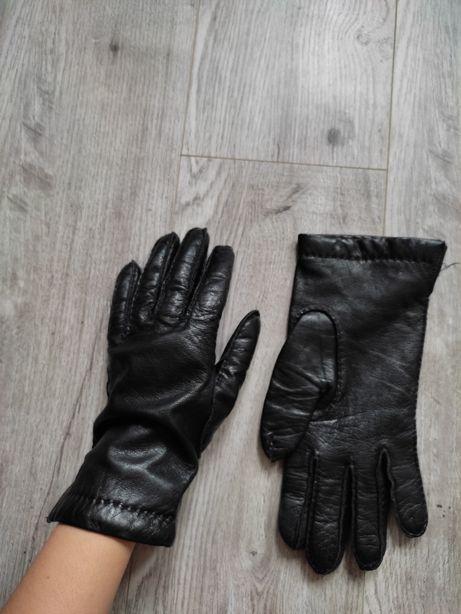Кожаные перчатки, рукавицы