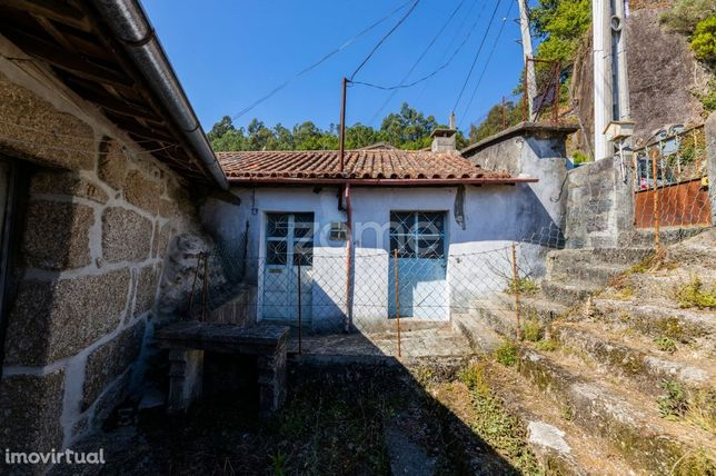 Casa de Habitação T2 em Valdosende, Terras de Bouro