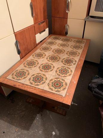 Stół duży ładny p