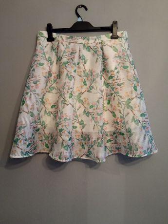 Spódnica motyw florystyczny