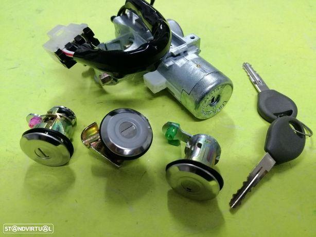 Nissan Navara D22 Kit de canhões com chaves NOVO