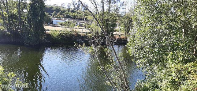 Quintinha na margem do Rio Vouga - São Pedro do Sul