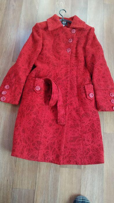 Красивое женское пальто Золотоноша - изображение 1