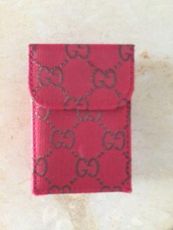 Carteira para tabaco ou porta lenços padrão semelhante Gucci