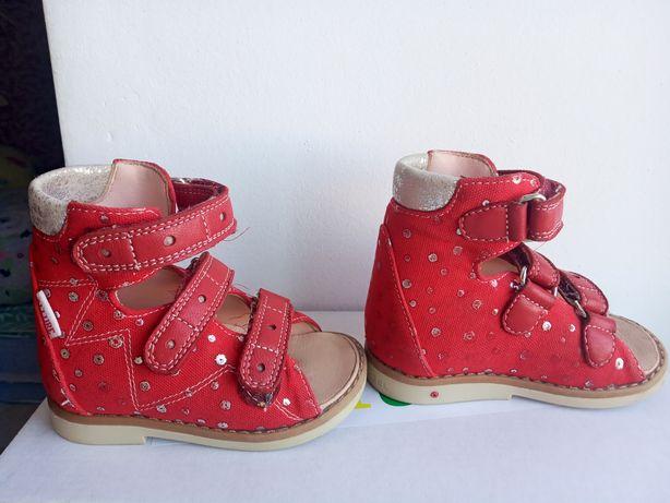 Ортопедические босоножки Ортопедическая обувь