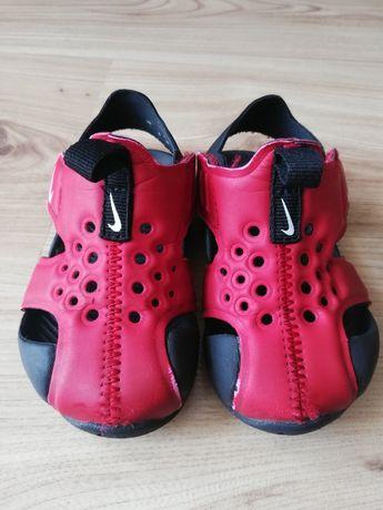 Sandałki chłopięce Nike Sunray Protect 2 rozm. 21 czerwone