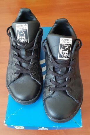 Кроссовки Adidas Stan Smith, размер 33.