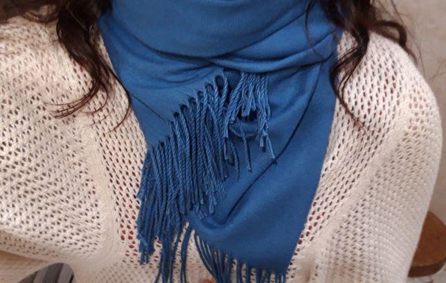 Bela pashmina de cor azul - NOVA!