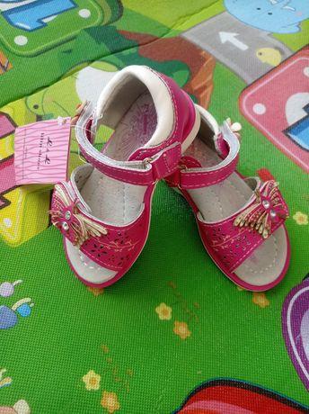 Босоножки новые 21р, 13,5 см, сандали, босоніжки, ортопедические