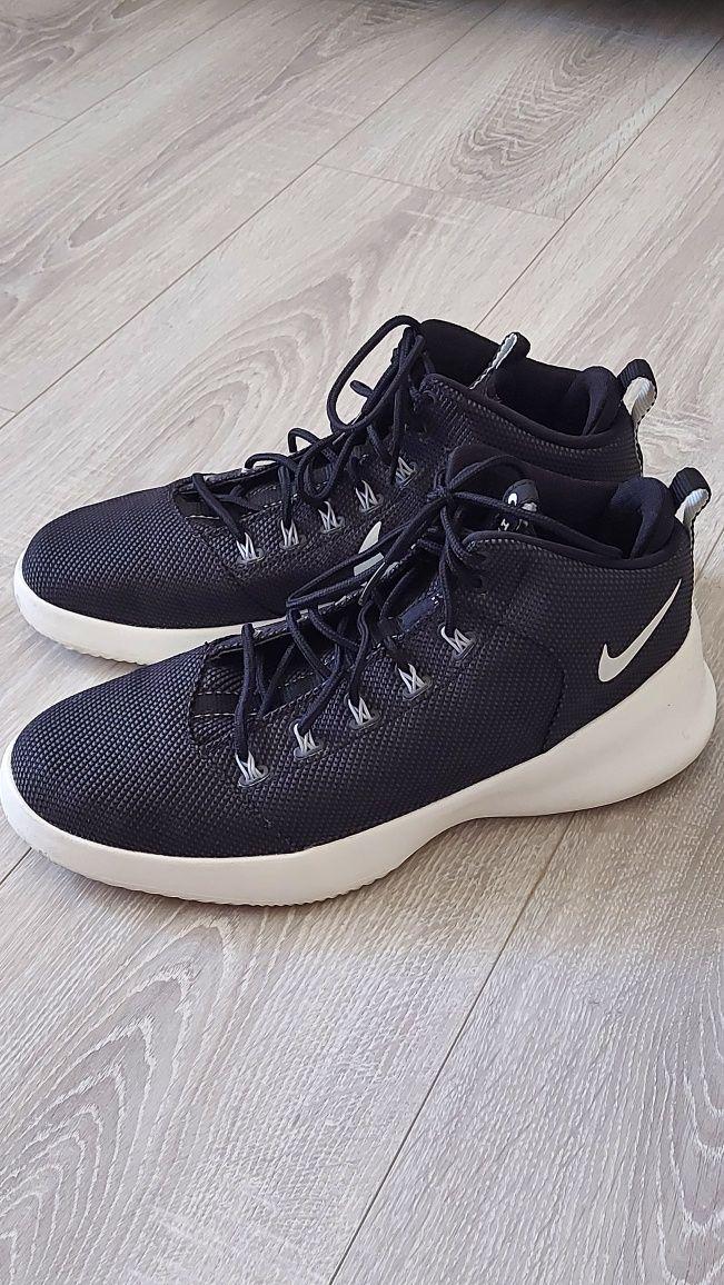 Sapatilha preta Nike Hyperfresh tam.44 excelente estado