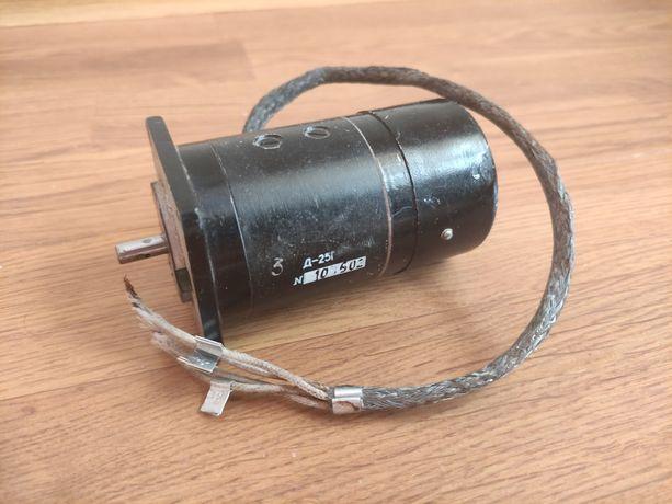 Электродвигатель Д-25 (6000об/м)