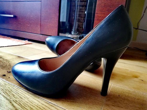 Buty damskie czarne czółenka szpilki 38